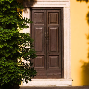 portoncini di ingresso in legno
