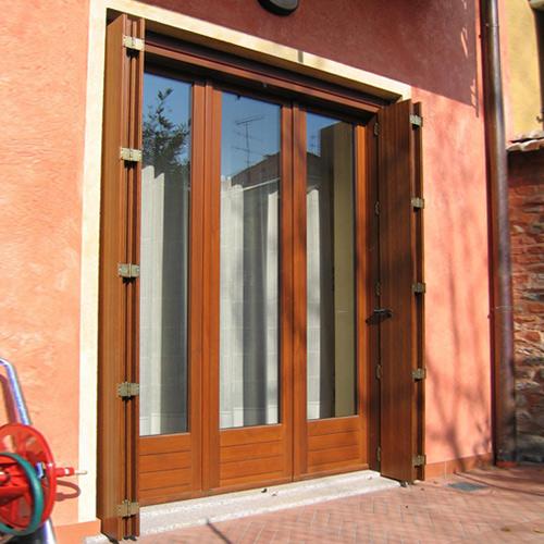Serramenti in legno novara for Serramenti esterni