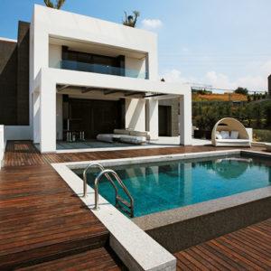 parquet pavimentazione esterna per piscina