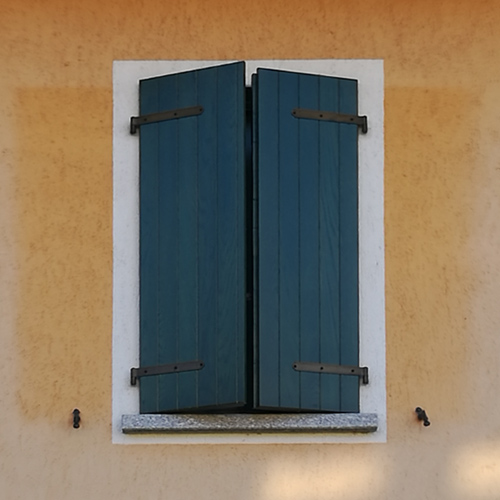 persiana in legno novara