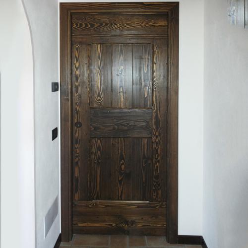 porta interna anticata in legno