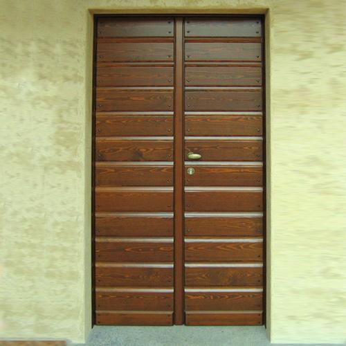 portoncino in legno novara